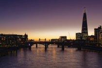 Der Shard Tower und Tower Bridge im Hintergrund, Themse, London, England, Uk, Europa — Stockfoto