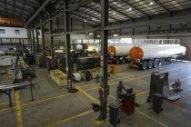 Citernes en acier Cape Town, Afrique du Sud, dans l'usine de fabrication de grande — Photo de stock