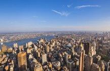 USA, New York, vista dall'alto su Midtown Manhattan al tramonto — Foto stock