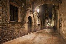 Espanha, Barcelona, Barri Gotic à noite — Fotografia de Stock
