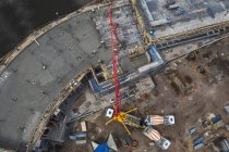 Cape Town, South Africa, Draufsicht des gigantischen Betonpumpe auf der Baustelle — Stockfoto