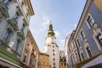 Slowakei, Bratislava, Blick auf Michaels Tor in der Altstadt — Stockfoto