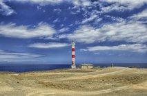Der Leuchtturm rasca (faro de rasca) auf dem malpais de la rasca, in der Nähe des südlichsten Punktes der Insel Teneriffa — Stockfoto