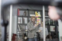 Творчих професіоналів за допомогою наліпок — стокове фото