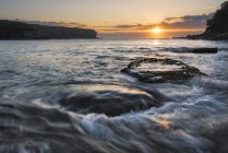 Seascape with rushing water — Stock Photo