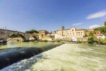 View to Ponte Cestio over Tiber river — Stock Photo