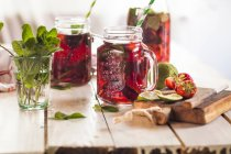Iced tea with fruits — Stock Photo