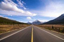 Icefield parkway, Альберти — стокове фото