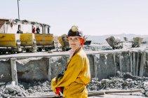 Bolivien, Potosi, touristische Schutzkleidung am Cerro Rico Silbermine — Stockfoto