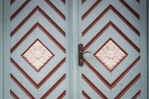 Прикрашені вхідних дверей, частковим видом — стокове фото