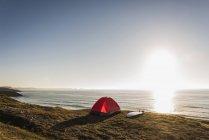 Палатка в Финистер в Бретани, полуострова Крозон, Франция — стоковое фото