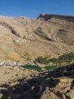 Oman, Sharqiyah, Wadi Bani Khalid von oben gesehen — Stockfoto