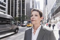 Donna d'affari a Manhattan, Stati Uniti d'America, New York — Foto stock