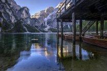 Италия, Южный Тироль, Pragser Wildsee — стоковое фото