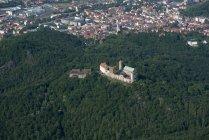 Allemagne, Eisenach, vue aérienne de la ville et de la Wartburg — Photo de stock