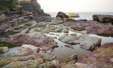 Spagna, Asturie, paesaggio marino con vista sulla costa rocciosa — Foto stock