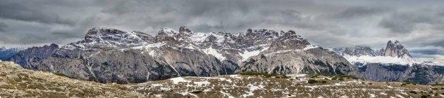 Italy, Alto Adige, Sexten Dolomites, Hochpuster Valley, Nature park Tre Cime, Tre Cime di Lavaredo — Stock Photo