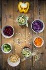 Jars of rainbow salad with chick-peas — Stock Photo