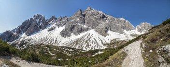 Italy, Alto Adige, Sexten Dolomites with Elfer, Hochpuster Valley — Stock Photo