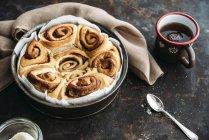 Gâteau de pain Cannelle végétaliennes — Photo de stock