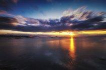 Reino Unido, Escocia, East Lothian, North Berwick, Firth de Forth, puesta de sol - foto de stock