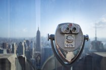 USA, New York City, Manhattan, coin-operated binoculars at observation point, close-up — Stock Photo