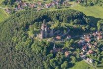 Vue aérienne d'Allemagne, Rimbach, des ruines du château de Hanstein — Photo de stock
