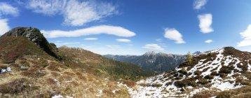 Austria, Pongau, Grossarl Valley, View of Ellmau valley, Radstaetter Tauern, Panorama — стоковое фото