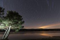 Espagne, Soria, ciel étoilé au réservoir de La Cuerd la del Pozo — Photo de stock