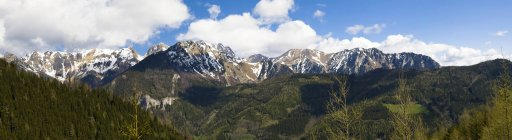 Austria, Stiria, Panorama delle Alpi Eisenerz, massiccio montuoso Reiting — Foto stock