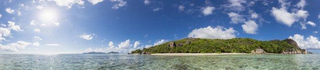 Seychelles, La Digue, Island, West Coast, Anse Source D'Argent, Panorama — стоковое фото