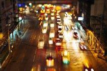 Thailand, Verkehr in Bangkok bei Nacht — Stockfoto