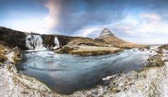 Iceland, Snaefellsnes peninsula, Kirkjufell — Stock Photo