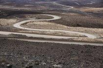 Espanha, Ilhas Canárias, Fuerteventura, estrada sinuosa — Fotografia de Stock