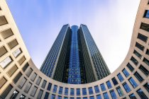 Deutschland, frankfurt, blick zum turm 185 — Stockfoto