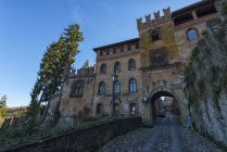 Italie, Emilie-Romagne, Castell'Arquato, Vieille ville pendant la journée — Photo de stock
