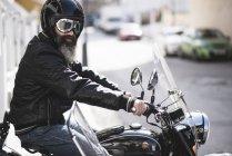 Sitzen auf Seitenwagen Motorrad Biker — Stockfoto