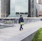 Manager walking in Manhattan, New York City, USA — Stock Photo