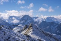 Германия, Бавария, Альгау, Альпы Альгау с Hoefats как видно из Hoefatsblick встречи на высшем уровне станции на Nebelhorn — стоковое фото