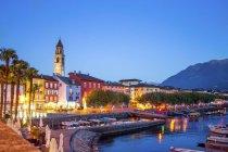 Svizzera, Lago Maggiore, Ascona, ora blu — Foto stock
