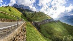 Vue du col de Klausen de jour, canton d'Uri, Suisse — Photo de stock