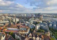 Germany, Hamburg, Cityscape during daytime — Stock Photo