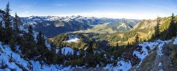 Österreich, Tirol, Tannheimer Tal im Herbst — Stockfoto