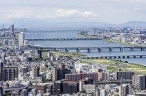 Вид на міський пейзаж в денний час, Осака, Японія — стокове фото