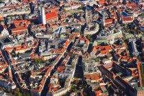 Германия, Бавария, Мюнхен, Вид с воздуха на старый город — стоковое фото