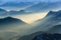 Germania, Baviera, vista aerea delle Alpi durante il giorno — Foto stock