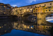 Italy, Tuscany, Florence, Ponte Vecchio at blu hour — Stock Photo