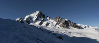 Francia, Chamonix, alpinisti all'Aiguille du Chardonnet — Foto stock