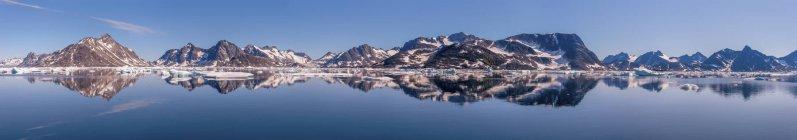 Гренландия, Швейцерланд, Кулусук, Панорама днем — стоковое фото