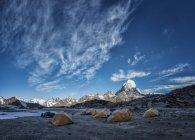 Ama Dablam Base Camp durante il giorno, Khumbu, regione dell'Everest, Himalaya, Nepal — Foto stock